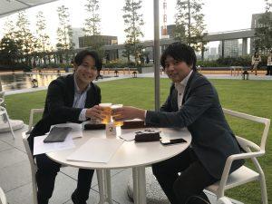 コスモス食品・圓井さんと代表・小笠原