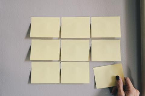 【失敗しない】新規事業の立ち上げで外注すべき業務4選とは?
